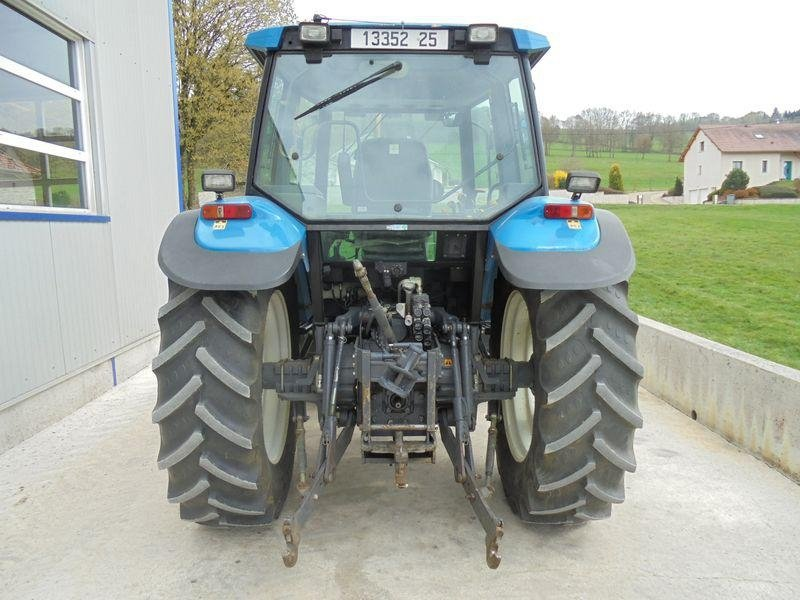 Tracteur agricole New Holland 7840 sle - 3
