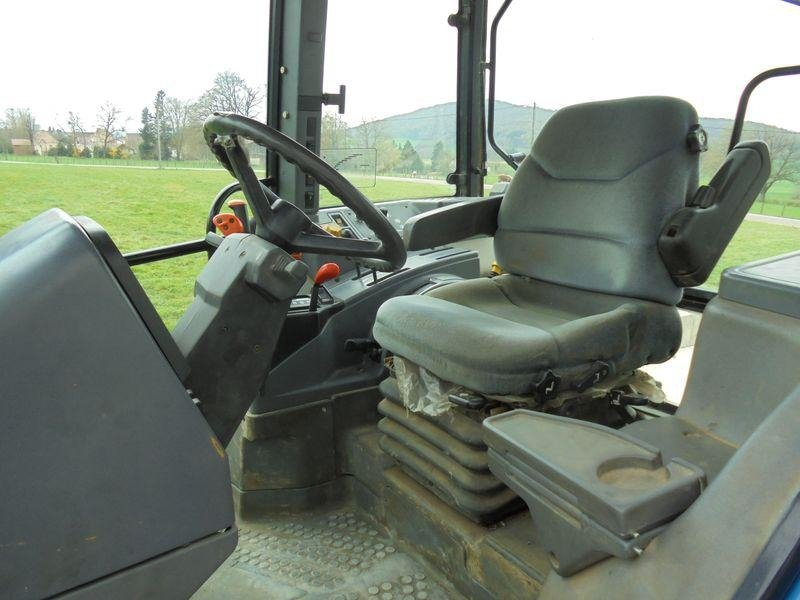 Tracteur agricole New Holland 7840 sle - 7